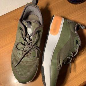 Nike Air Max (Army Green, White/Orange Sole)